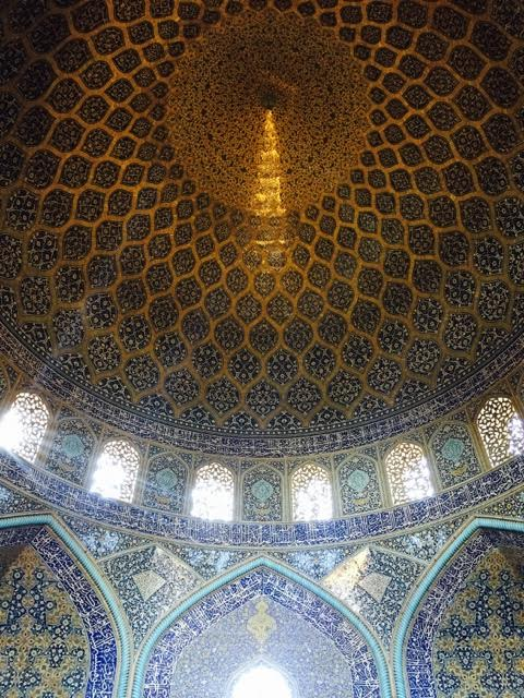 womens-mosque-in-isfahan
